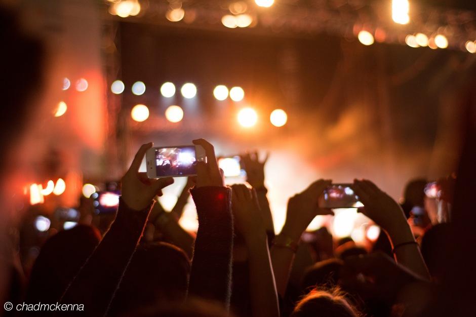 iPhones & iPhones
